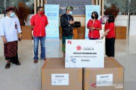 Pemkab Badung terima bantuan APD dari Telkomsel