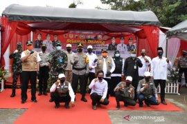 Bupati HST bersama Kapolda dan Korem tinjau kampung tangguh Desa BatuTangga