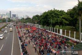 Perwakilan massa menolak RUU Cipta Kerja masuki Gedung DPR