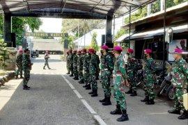 Lantamal VI kerahkan personel bantu korban banjir bandang