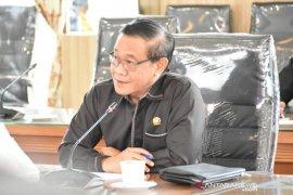 Pemkab/pemkot diharapkan tingkatkan permodalan Bank Kalsel