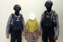 Seorang ibu di Aceh Utara ditangkap diduga terlibat kasus peredaran ganja