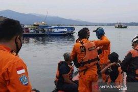 Pol Air Polres Cianjur bantu pencarian korban tenggelam di Waduk Jangari