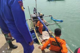 Nelayan temukan jenazah  di Pulau Tinjil Pandeglang, identitas belum diketahui