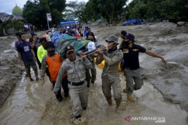 Bertambah, korban jiwa banjir bandang Luwu Utara jadi 32 orang