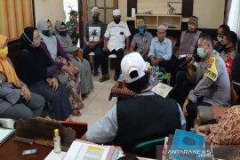 Pengurus Kampung Tangguh Banua dibekali pelatihan penanganan jenazah COVID-19