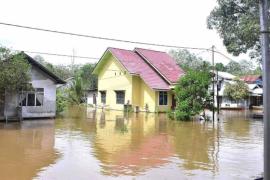 Sintang mulai terendam banjir