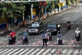 Pemkab Lumajang terapkan jaga jarak di kawasan traffic light