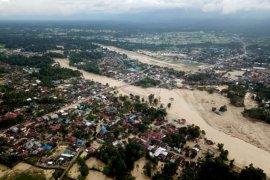 Dampak banjir bandang di kota Masamba