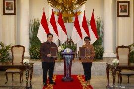 Kemarin, utang luar negeri Indonesia naik hingga BUMN Go Global