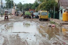 Korban meninggalakibat longsor dan banjir Sorong lima