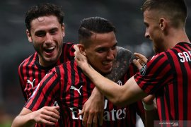 Hancurkan Bologna, Milan masuk zona Eropa
