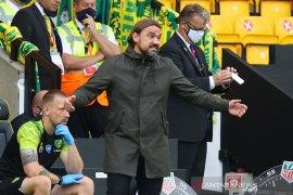 Daniel  Farke kritik dua kartu merah yang didapat Norwich kontra Burnley