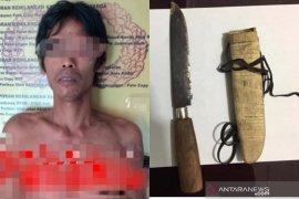 Tidak dikasih uang Rp1 juta untuk beli velg motor, seorang anak di HST tega membunuh ayahnya