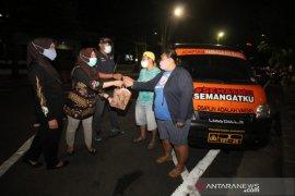 """Patroli mobil """"Sehatku Semangatku"""" intai kedisiplinan warga Surabaya"""