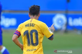 Messi meraih El Pichichi empat musim beruntun dan cetak rekor baru