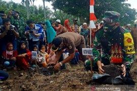 Kadispenad ajak warga Nagan Raya tanam jahe merah jaga imunitas cegah COVID-19