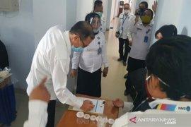Seluruh Pegawai BNNP Sultra jalani tes urine dadakan