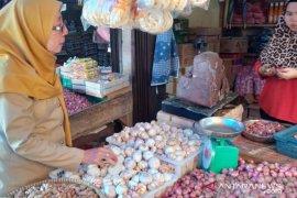 Harga bahan pokok di Belitung normal jelang Idul Adha
