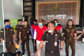 Mantan Kadis Bina Marga Bener Meriah ditahan dugaan korupsi, satu terpidana DPO