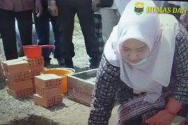 Bupati Muarojambi letakan batu pertama Ponpes Darul Arifin