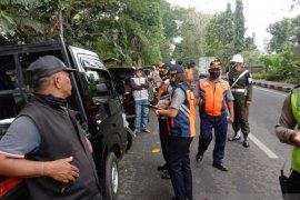 Dishub Denpasar tertibkan 44 pedagang bermobil selama COVID-19