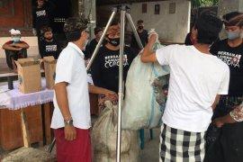 """Banjar Pesalakan-Gianyar terapkan """"The Plastic Exchange"""" selama COVID-19"""