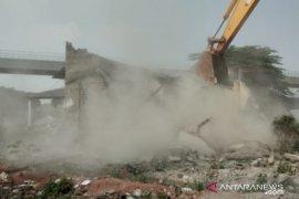 24 bangunan di Cipinang Melayu, Jakarta Timur dibongkar untuk kereta cepat