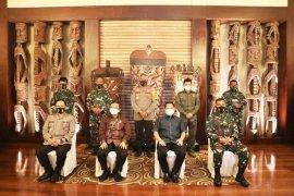 Mahfud: Satgas di Papua jangan mudah terpancing provokasi