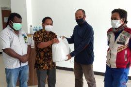 Pertamina bantu wartawan korban banjir kota Sorong