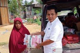 Pemkab Aceh Timur salurkan bantuan sembako untuk korban puting beliung