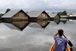 Banjir hingga 4 meter di Sulawesi Tenggara