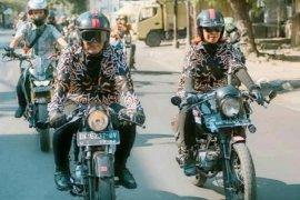 """Kisah """"lady bikers"""" Bali taklukkan dominasi pria di komunitas motor"""
