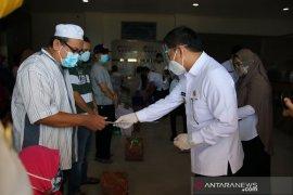 Wakil Bupati HSS hantar kepulangan 20 pasien sembuh COVID-19 HSS