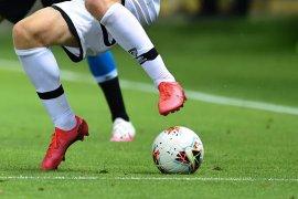Parma kalahkan Napoli 2-1 pada laga yang diwarnai tiga penalti