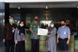 Ahli waris karyawan Gajah Tunggal  terima santunan JKK senilai Rp812 Juta dari BPJAMSOSTEK