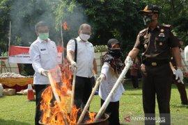 Kejari Kota Bogor dan Forkopimda musnahkan barang bukti