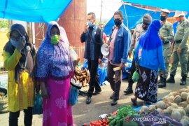 Imbuan protokol kesehatan terus dilakukan di Pasar Sipirok