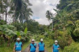 PT. PLN UIW MMU pulihkan sistem listrik usai banjir di Seith