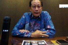 Dalam digitalisasi bank, keamanan paling penting, kata Presdir BCA