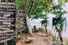 Wisata Pantai Pandan Pandeglang gunakan konsep Bali