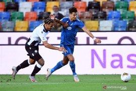 Udinese keluarkan kemampuan,  paksa Juve tunda pesta juara melalui kemenangan 2-1