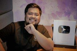 "Azkanio Panda ""The Master"" alih profesi sebagai Youtuber"