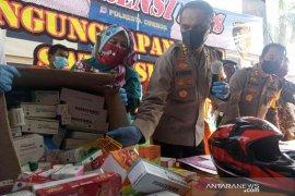 Polresta Cirebon tangkap dua pembobol apotek dan buru dua kawannya