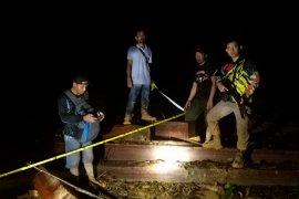 Lagi-lagi Polisi amankan alat berat serta satu orang diduga pelaku pembalak liar dalam hutan lindung Aceh Jaya