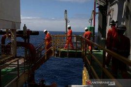 Harga minyak naik, dibayangi ketegangan antara AS dan China