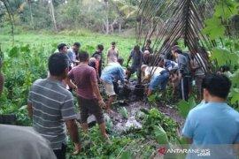 Seorang pria Aceh Barat ditemukan tewas mengenaskan di lahan pertanian, diduga korban pembunuhan