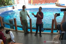 Pemkab Batang rekomendasikan Dolphin Center dibuka untuk wisatawan