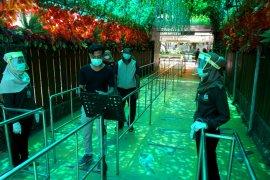 Mulai Senin, Satwa kebun binatang Surabaya tak lagi kesepian karena pengunjung segera hadir