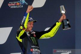 Rossi incar podium kelas premier  ke-200 di Brno